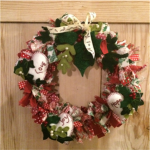 Hearts and Leaves Shaggy Wreath
