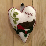 Robin Wool Felt Heart
